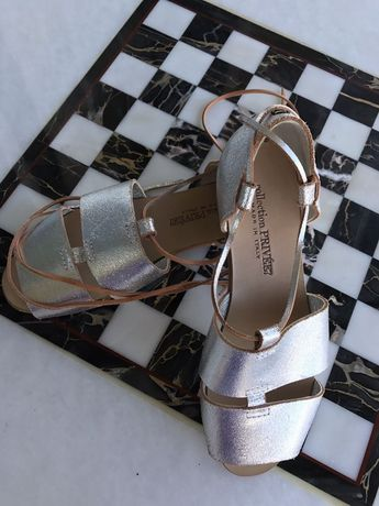 eea21957aa5 Collection Privee Shoes Size 36 6 Silver Metallic Leather Gladiator Sandals