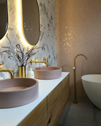 12 Brilliant Bathroom Light Fixture Ideas
