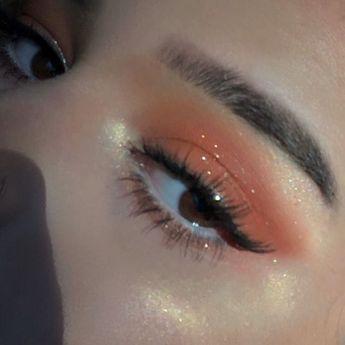 Pinterest @marleenamecc #EyeMakeupBronze