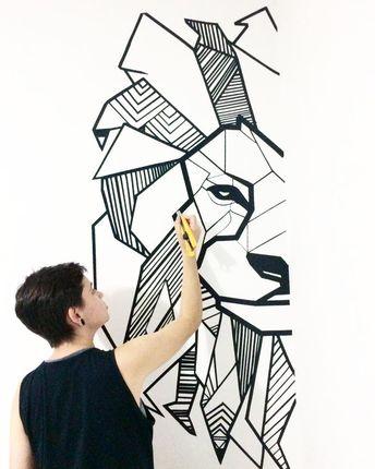 Quando se faz algo com amor, o resultado tende sempre a sair melhor do que se espera. Quando vejo esse desenho, nem eu acredito que eu mesma fiz , só com fita isolante. Kkkkkk Tem vídeo lá no canal, ensinando a fazer desenhos assim 😝 . #diy #facavocemesmo #decoracao #tumblr #itbrazilinspira