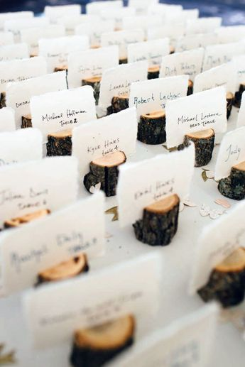 4 Tree Branch Place Card Holders with Cards