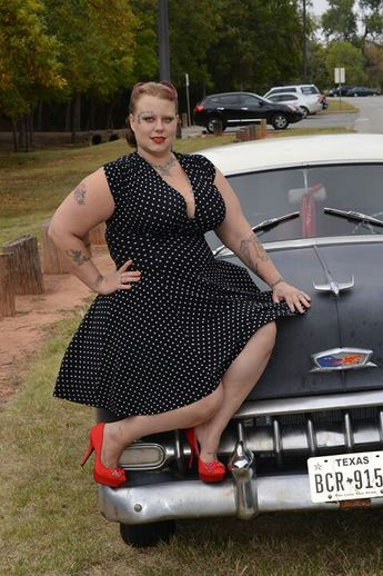 Plus sized pinup