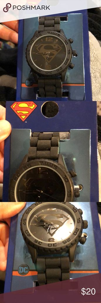SUPERMAN WRISTWATCH.New! SUPERMAN WRISTWATCH. It has a raised image of the Superman symbol on the watch face. Purchased brand new to resell. It has an image on the watch face(see pics).Pristine condition and ready for a new home! BRAND NEW! AWC Accessories Watches