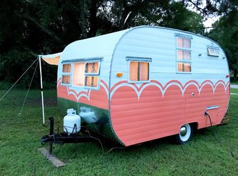 Sasha Glass blows new life into old vintage campers