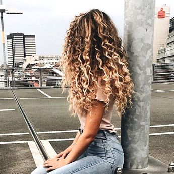 Awesome Long Hairstyles ideasTips for round faces 331 #nolimit