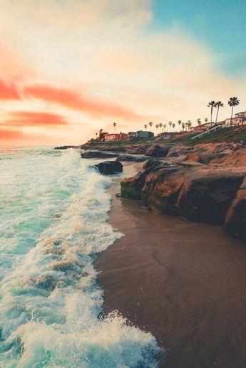 lsleofskye:Windansea Beach| sam.foto_