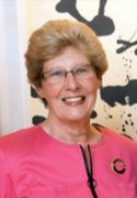"Allison ""Allie"" Stemmons Simon '63, Hometown: Irving, Texas, ""In 1976, she formed two companies with her husband, ...She began as a temporary business manager, eventually learned the business, bought out her partner, and owned and managed it until 1993...She graduated with an A.B. degree from Sweet Briar in 1963 and pursued graduate studies in music at Southern Methodist University."""