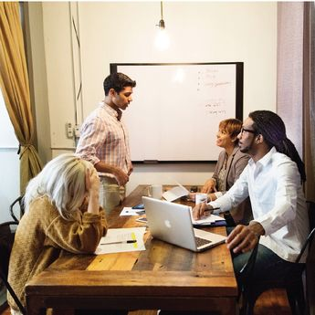 Coworking space, accelerator or incubator program? We interviewed over 20 entrepreneurs to find out which one is the right choice for a growing startup.