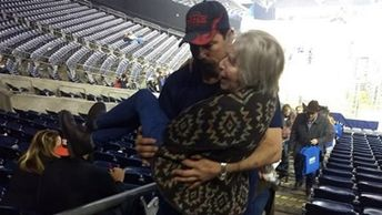 He, his wife Shayla and their 2-year-old daughter were at the Houston Livestock Show and Rodeo featuring Brad Paisley Saturday when they saw an elderly woman struggling to get down the stairs of the stadium with her daughter and two granddaughters.