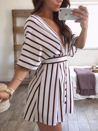 boutiquefeel / Stripes Plunge Neck Open Back Casual Dress