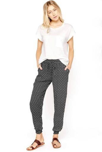 3d5371e25771 Styling options for your elephant pants By  tep.autumn.bis