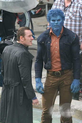 X-Men: Days Of Future Past, Michael Fassbender's Magneto & Nicholas Hoult's Beast On Set