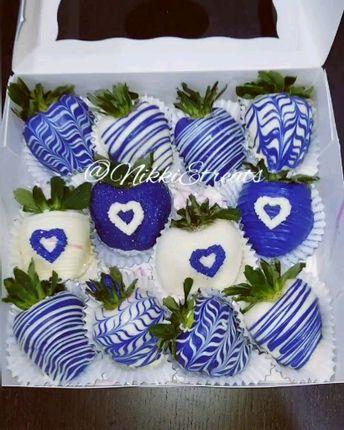 Blue & White Love Berries x @DaRealNikkiE   #NikkiEtreats #blingberries #candyapples #chocolatecoveredstrawberries #chocolatestrawberries #chocolatestrawberry #chocolate #strawberry #infusedstrawberries #infused #chocolateheels  #highheels  #highheelshoes #chocolatehighheel #chocolatehighheels #chocolatehighheelshoes  #chocolatehighheelshoe #atlanta #atlart #atlantaart #atlstrawberries  #atlsweets #nowthatsludicrous
