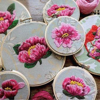 @criaturas_cardiacas #flowers #embroidery #embroideryart #вышивка #вышивкагладью #цветы