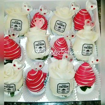White & Red  Patron Infused Chocolate Covered Rose Strawberries x @darealnikkie  #NikkiEtreats #NikkiEtreats🍓🍫 #blingberries #RoseBerries #chocolaterose #chocolatecoveredstrawberries #chocolatestrawberries #chocolatestrawberry #chocolate #strawberry #infusedstrawberries #infused #chocolateheels  #highheels  #highheelshoes #chocolatehighheel #chocolatehighheels #chocolatehighheelshoes  #chocolatehighheelshoe #atlanta #atlart #atlantaart #atlstrawberries  #atlsweets #Patron  @patron