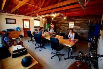 A Nomad's Life: Surf, Sleep & Co-working