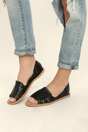 76e5bbbd2a66 Jared huarache sandal from Sbicca™. - Genuine leather up