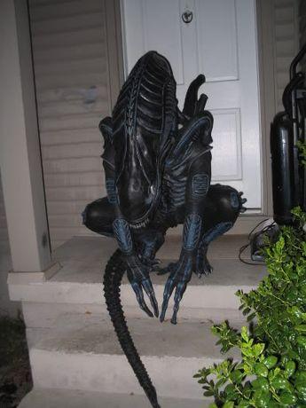 Aliens Alien Warrior costume original movie costume