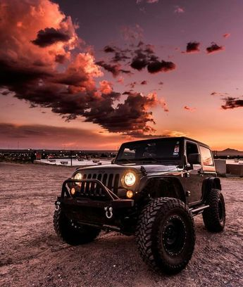 30 Best Hot Jeep Photos