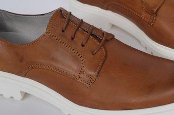 4f5229edf83db INGLÉS Zapato de hombre con cordones GRIS