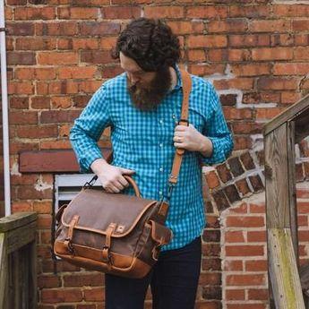 Dakota Waxed Canvas Messenger Bag | Russet Brown w/ Saddle Tan Leather