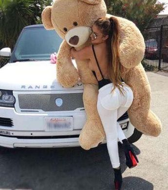 Most hottest cars and girls – Hot Cars