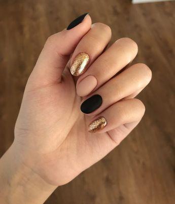23 Estilos de manicura dorada para recibir el Año Nuevo con todo el glamour