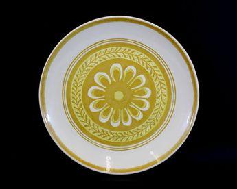 Vintage Texas Ware Dandelion Plate and Serving Bowl