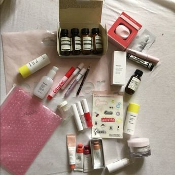 Glossier and Aesop Makeup Skincare Bundle! No trades/no separate sells  **** Jet Set Kit: Rind Concentrate Balm, classic conditioner & shampoo, geranium leaf body cleanser mouthwash  Camellia nut facial Hydrating cream You solid perfume Super bounce  Invisible shield  Priming rich moisturizer stickers, bubble wrap bag, plastic bag sharpener  Milk jelly cleanser Use 1x-2x: Lidstar (lily & slip) Disaster class colorslide Coconut balm dot com Cloud paint (dusk, dawn, storm) Crush gen g Red & Hologr