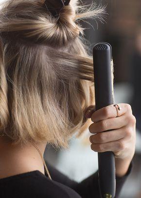 How to Curl Short/Medium Hair Tutorial