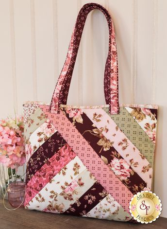 Quilt As You Go Alexandra Tote Kit - Burgundy