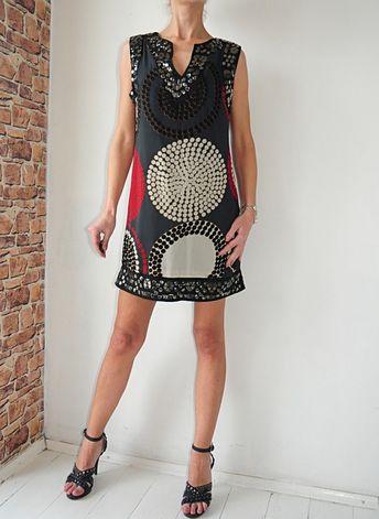 2673552022 Sukienka kawowa w tłoczony wzorek r. 40 - Apricot - vinted.
