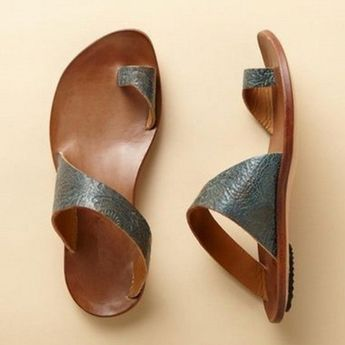 Buy Slippers For Women at PopJulia. Online Shopping Daily Leather Flat Heel Toe Ring Slippers, The Best Slippers For Women. Discover Fashion Trends at popjulia.com