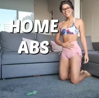 7-Minute Flat tummy Workout will have you on a whole new level feeling all slim and trim. This Flat tummy Workout is not just very effective, but it is actually a simple workout too. You would be glad to know that as much as it is an exercise routine to reduce belly fat it also doubles as an anti-workout excuse-buster.