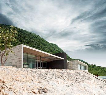 Awesome R Zero Studio: Widescreen House