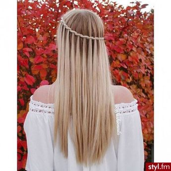 Inspiration : 32 coiffures à adopter quand on porte les cheveux longs !