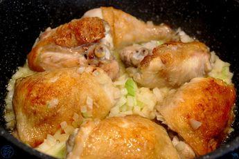 Pour la recette de ce vendredi, C'est un voyage créole …… du moins dans l'assiette. Au menu ça sera un Cari de poulet ! Relativement simple et rapide à faire, ce plat est ultra parfumé. #Recette #recipe #food #foodporn #cari #poulet #chcicken #gastronomy #gastronomie #yummy #volaile #noglu #sansgluten #glutenfree