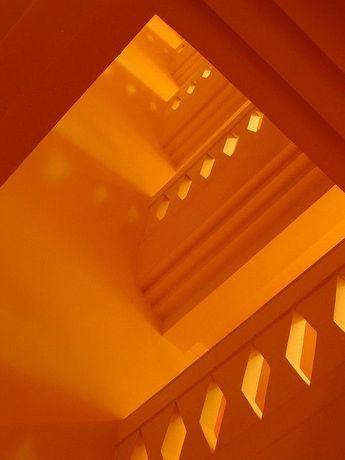 color>orange