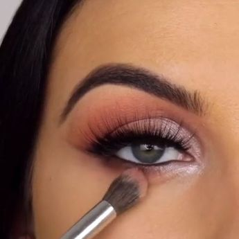 New Eye Makeup Videos from Serena Cleary