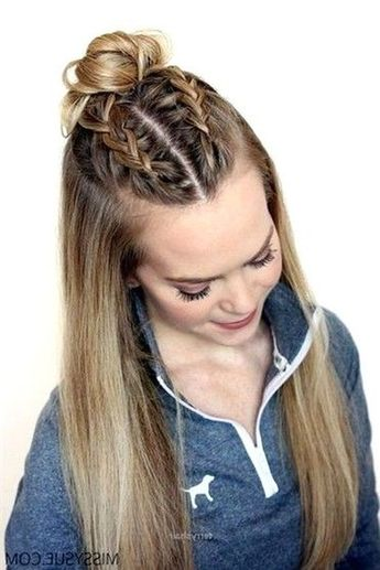 Cool 40+ Wonderful Long Hairstyles Ideas For School To Try This Year
