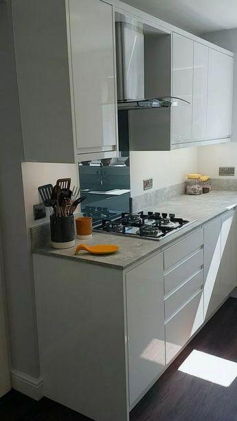 48+ Inspiring Modern Scandinavian Kitchen Design Ideas #kitchenideas #kitchendesign #kitchenstorage ⋆ susah-sinyal.me