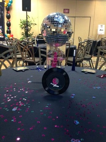 38 Examples of Disco Theme Party Decorations
