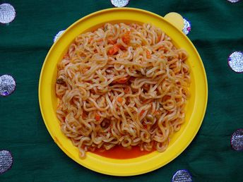8 Yummy Quick-Fix Maggi Recipes to Save your Week Nights