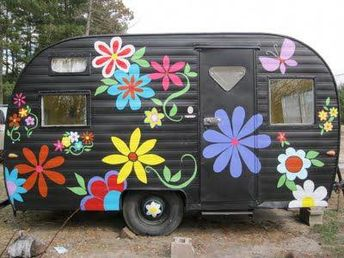 Trailer too old to be comfortable? Why not turn your vintage caravan into a store...ANY style!! #Renew #Reuse #Recycle #Upcycle #Trailer #Camping #Caravan #Imagination #Vintagecampers