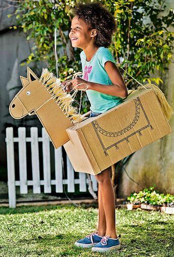 Casa com criança: 11 ideias de brincadeiras para divertir os pequenos