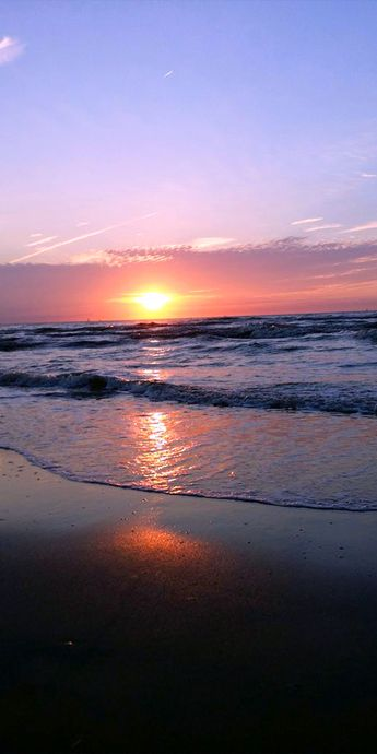 Pic of the Day…Oceans away   --------------- #beach #sunset #sunsets #travel #beaches