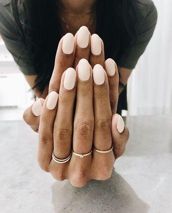 Effortless chic neutral blush manicure. Light pink mani. Pretty light blush pink polish. Perfect wedding bride nail polish color. Everyday blush pink nail polish color.