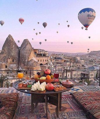 Things are looking up ✨ Photo via Kay Fenn.in.tu... - #Fennintu #istanbul #Kay #Photo