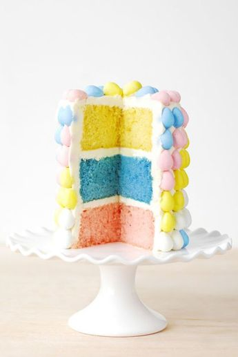 Exquisite Easter Cakes Anyone Can Make