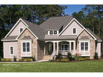 Craftsman House Plan with 2045 Square Feet and 3 Bedrooms from Dream Home Source | House Plan Code DHSW076091